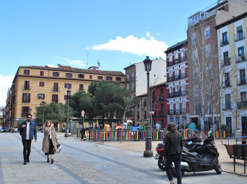 Plaza de las Comendadoras à Conde Duque
