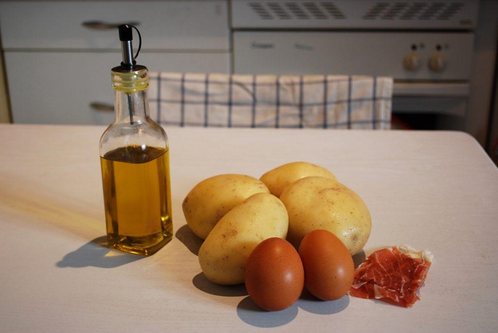Ingrédients des huevos rotos