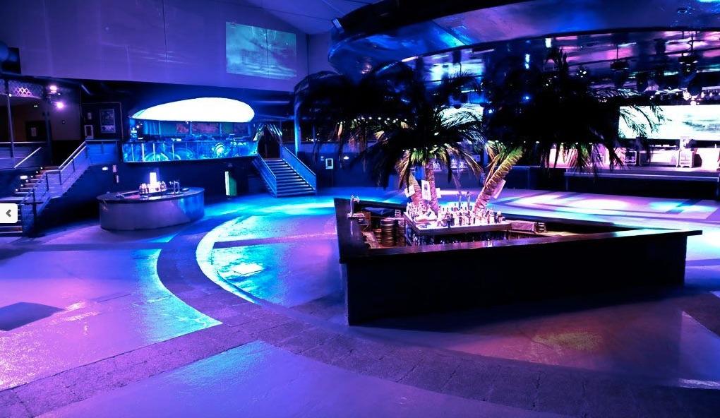 La Riviera, boîte de nuit près du Madrid Rio