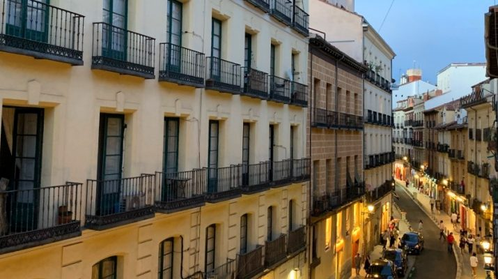 Calle Cava Baja à Madrid
